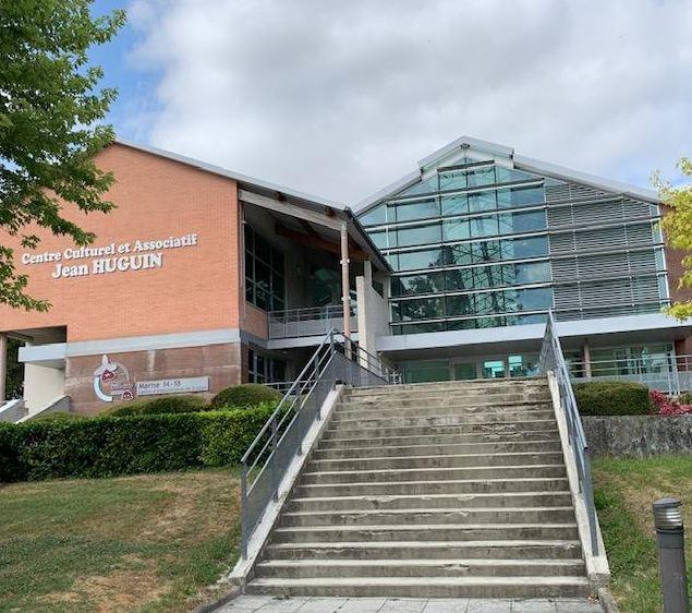 Services et permanences au sein du Centre culturel et associatif Jean HUGUIN